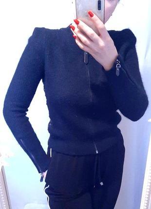 Уникальный крой свитера спина в пайетках, острые плечи стойка, ангора 40%