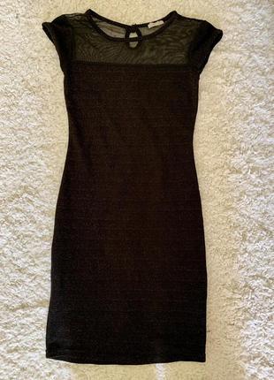 Красивое блестящие платья на новый год