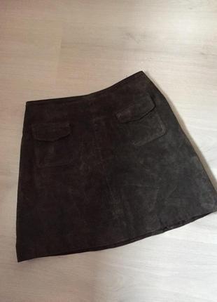 Замшевая юбка трапеция с карманами introduction