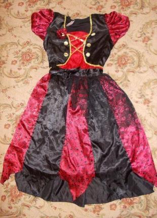 Продам карнавальное платье пиратка на 9-10 лет 134-140 см