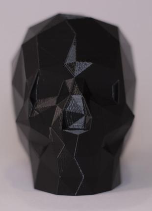 Полигональный сувенирный череп