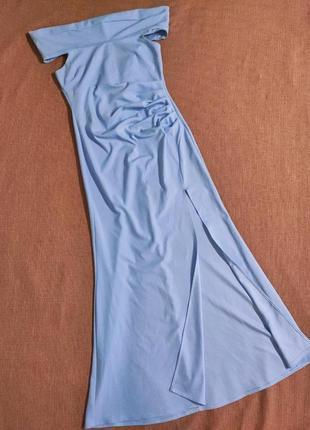 Платье вечернее длинное праздничное новогоднее свободного кроя макси с разрезом