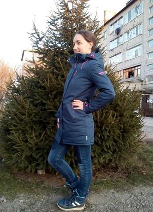 Женская лыжная куртка удлинённая, мембраная куртка