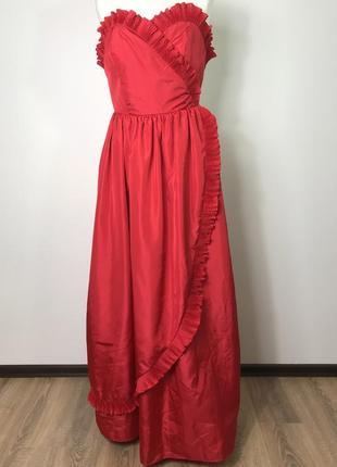 Красное винтажное вечернее нарядное коктельное бальное пышное платье бюстье.