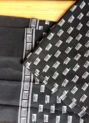 Стильный шарф двухсторонний принт