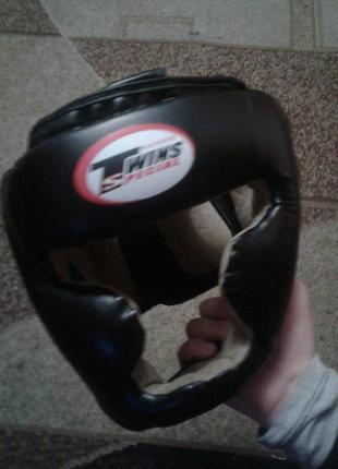 Шлем та фути