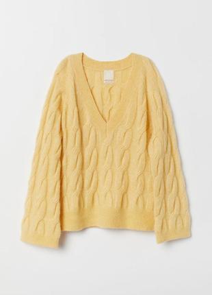Шерстяной свитер женский оверсайз с v-образным вырезом