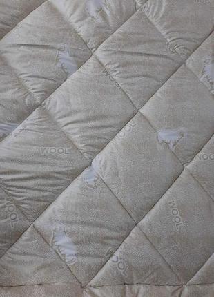 Качественные тёплые одеяла плотность 300! - евро, 2х и полуторные!разные расцветки!4 фото