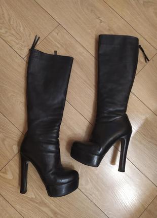 Зимние кожаные сапоги ботфорды на высоком каблуке