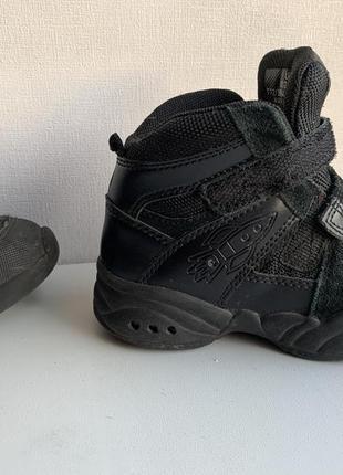 Замечательные ботиночки деми