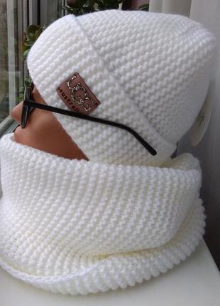 Новый стильный комплект: шапка (полный флис) и хомут 2 оборота, белый