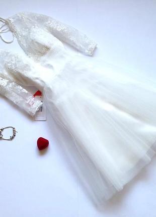 Белое вечернее пышное фатиновое кружевное платье с пышной юбкой