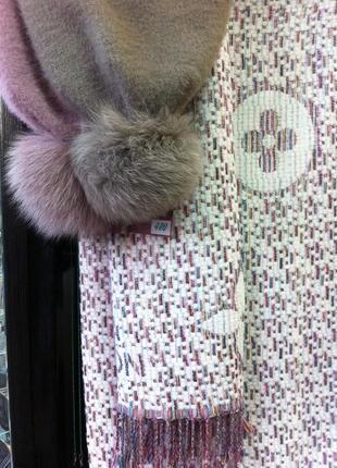 Стильный теплый шарф палантин