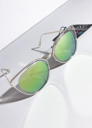 Солнцезащитные очки even&odd