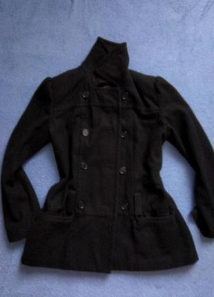 Стильное черное  осеннее весеннее пальто стильне чорне осіннє веснняне  пальто