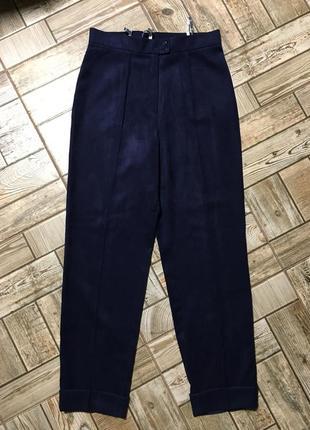 Красивые замшевые брюки с манжетом tizzy