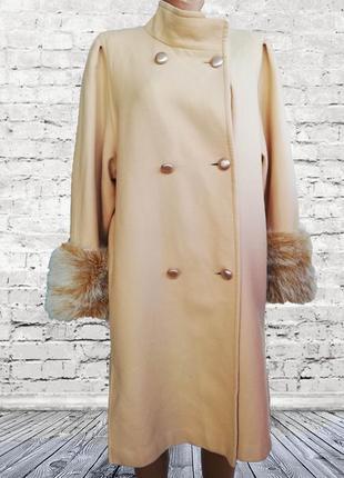 Шикарное стильное светлое пальто / беж /шерсть