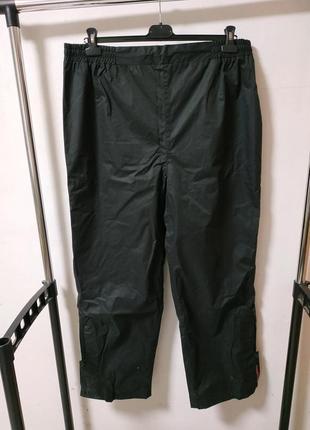 Спортивные штаны из непродуваемой ткани размер uk 16