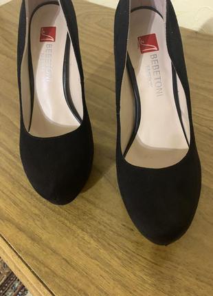 Туфли на высоком каблуке4 фото