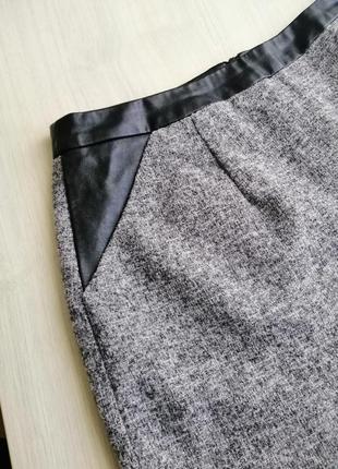 Тёплая юбка с кожаными вставками