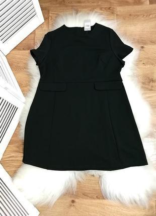 Стильное черное платье, р. 22