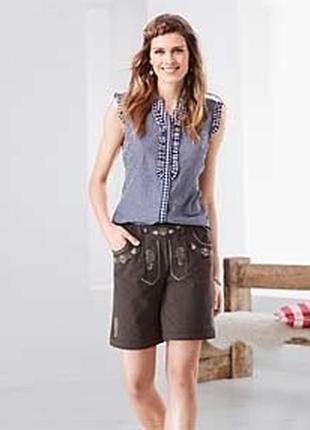 Трикотажные плотные шорты с вышивкой от tchibo(германия), размер наш: 46-48 (40/42 евро)
