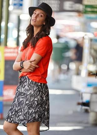 Качественная и стильная юбка с карманами от tchibo(германия)