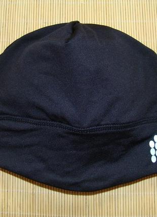 Шапка спортивная/беговая/трекинговая ozon с прорезью для хвоста/косы