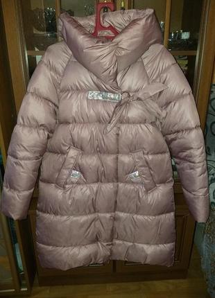 Красивая тёплая курточка!! шапка в подарок!