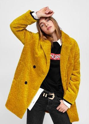 Хит блогеров горчичное текстурное пальто плюшевая шуба шубка zara