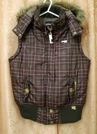 Фирменная жилетка женская с капюшоном mckenzie nineteen70four m-l