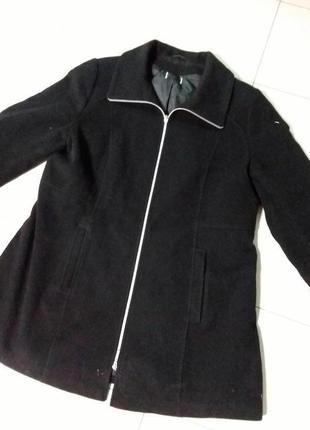 В наличии натуральное шерстяное демисезонное пальто большого размера германия