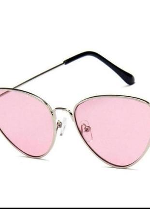 Стильные очки кошачий глаз розовая оправа