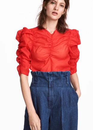Стильная блуза красного цвета h&m р 36