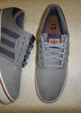 Adidas оригинал кроссовки, кеды р. 38-39 (25см) текстиль серые