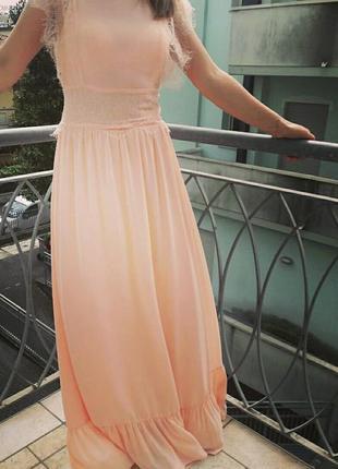Шикарное нарядное платье motivi s.