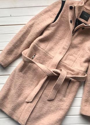 Шикарное пальто под пояс размер м