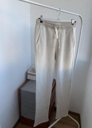 Штанв брюки трикотажные бежевые молочные