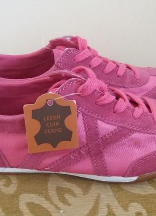 Кожаные фирменные женские кроссовки venice 36 р- новые!