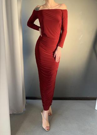 Вечернее миди платье в сборку