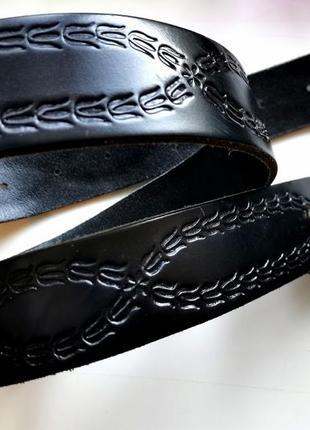 Кожаный ремень с узором