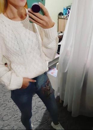 Шикарный вязаный свитер