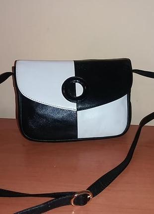 Швейцарская кожаная сумочка bally