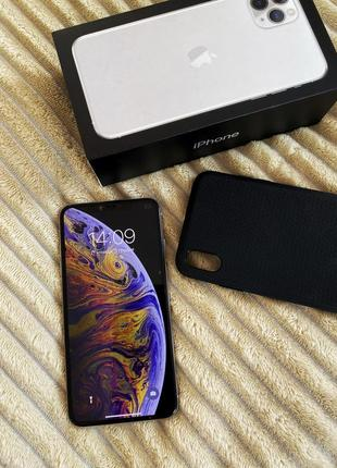 Iphone xs max на 256