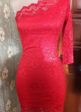 Яркое гипюровое платье stylefashion