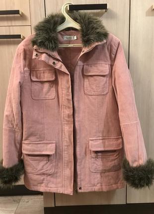 Красивая фабричная вельветовая куртка