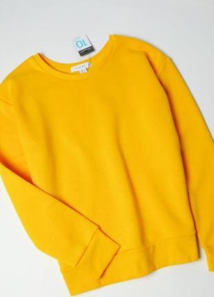 Желтый свитшот  с  длинными рукавами