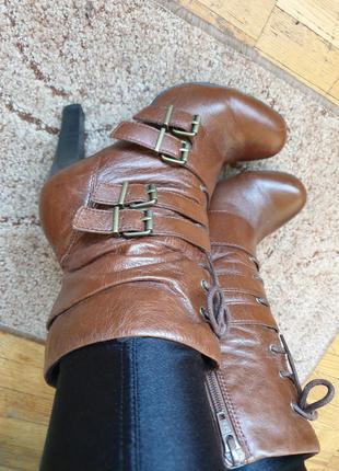 Стильные фирменные ботинки боты ботильоны деми кожа