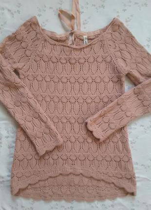 Замечательный ажурный свитерок.