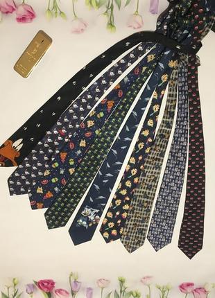 Мужской галстук с новогодним принтом